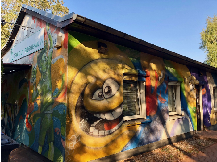 Located in the heart of Kreuzberg, Berlin's equivalent to Brooklyn, the walls of the Tennisclub, or T.C., Frederichshain, take a cue from the nearby East Gallery — remains of the Berlin Wall. T.C. Frederichshain showcases several prominent graffiti painters from the neighborhood.
