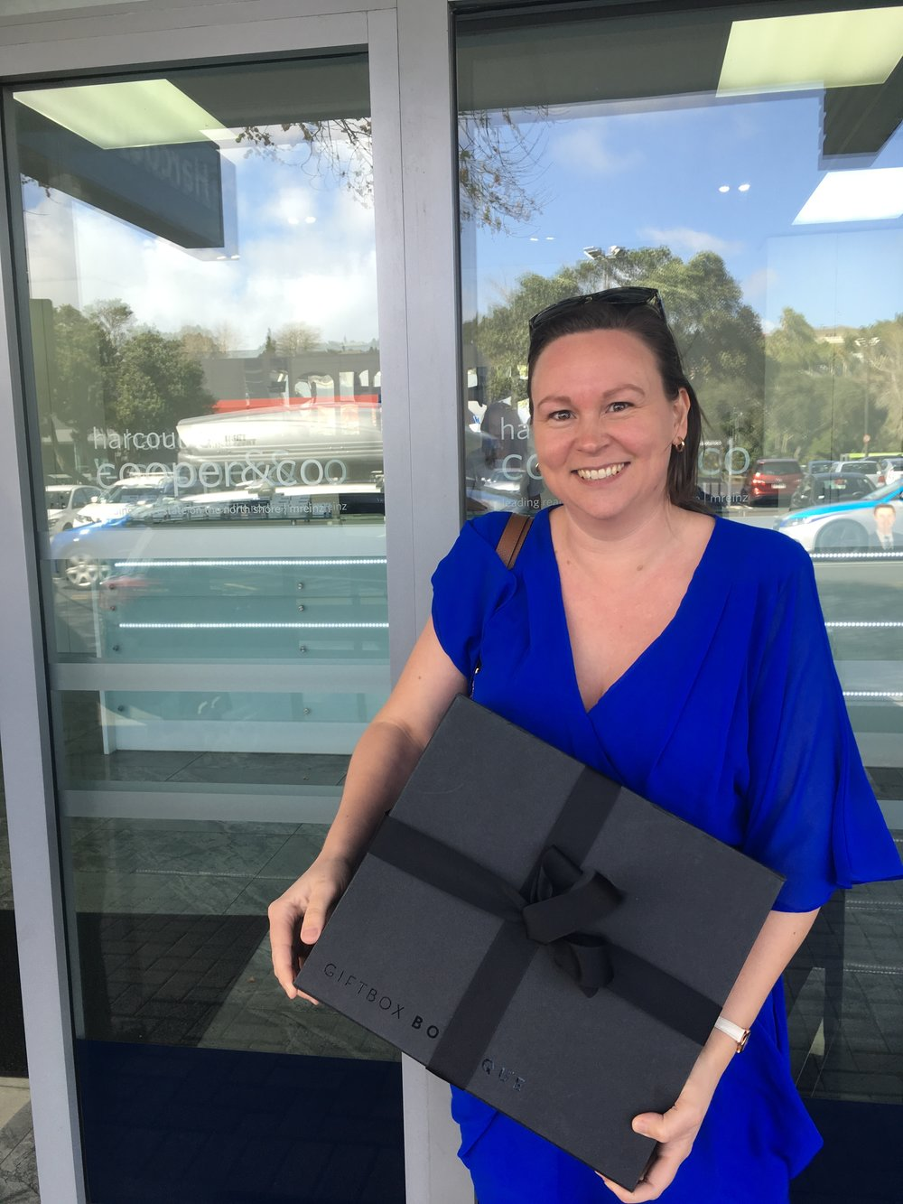Nicole referred her Mother in Law to us who had a property in Browns Bay. We helped explain the process and guided her along as we went. We were able to get a fantastic result for her and Nicole received a brand new iPhone and treats!