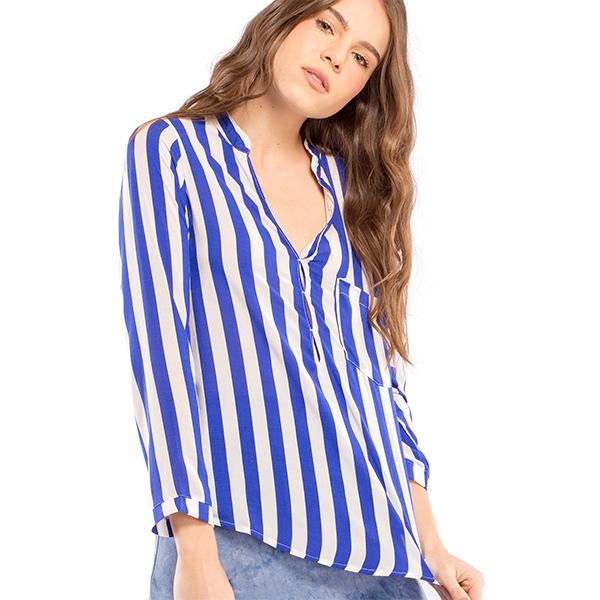 Columpio_0004_camisa_de_rayas_salinas_azul_4.jpg
