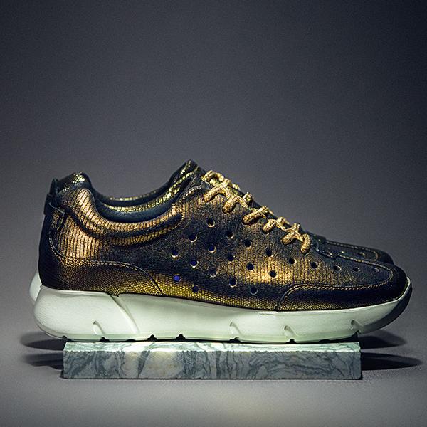 Shoetellers_0000_Shoetellers-24.jpg