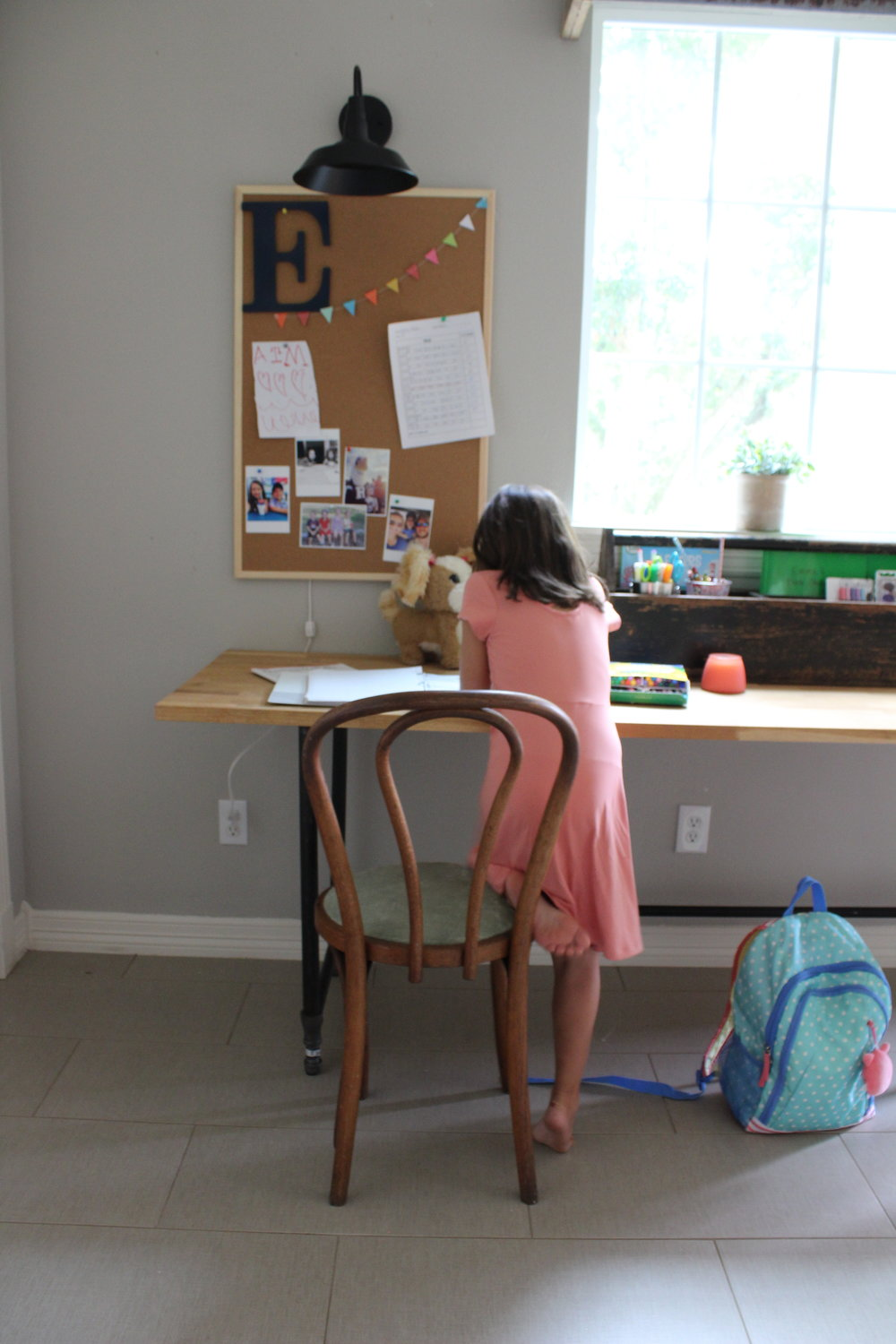 kid's-homework-station-2