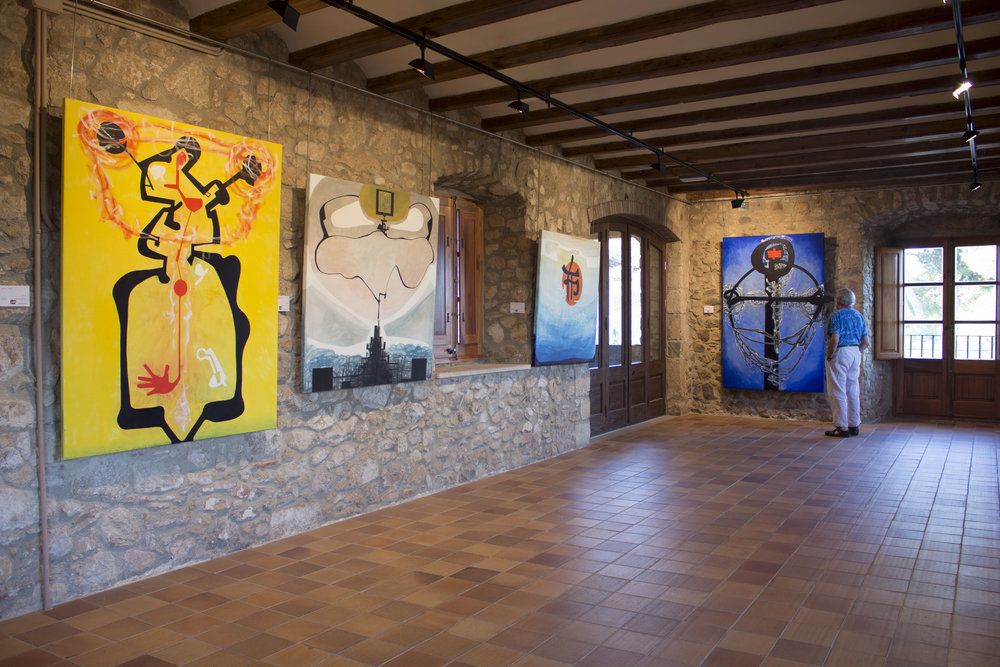 October 2018: A solo exhibition hosted by the Department of Culture at the Castell d'Aro, Benedormiens Castle in Palamόs, Spain