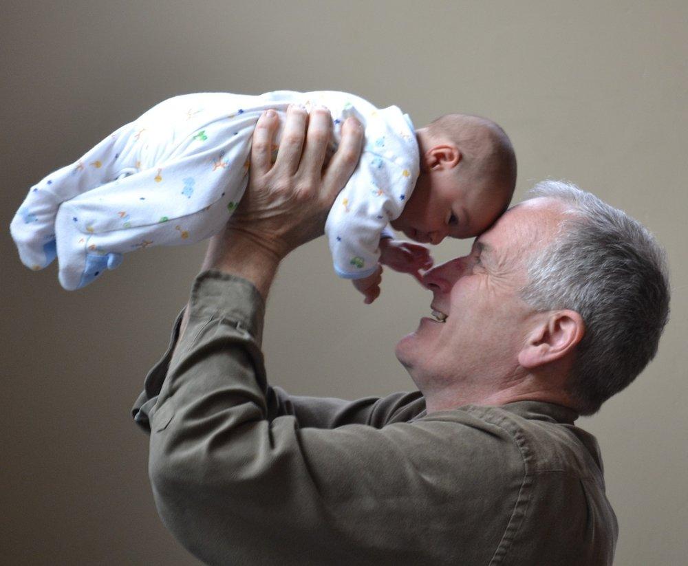 grandfather-1434575_1280.jpg
