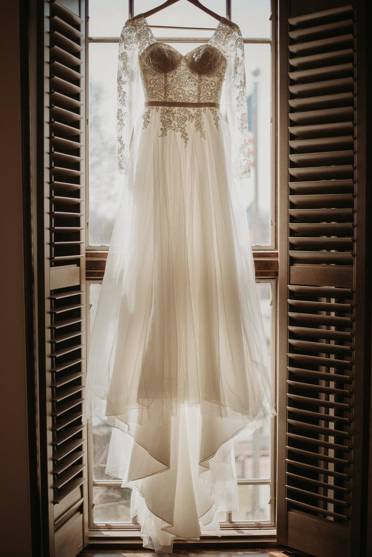 Bekah & Ryan Historic Gwinnett Courthouse Wedding-2.jpg