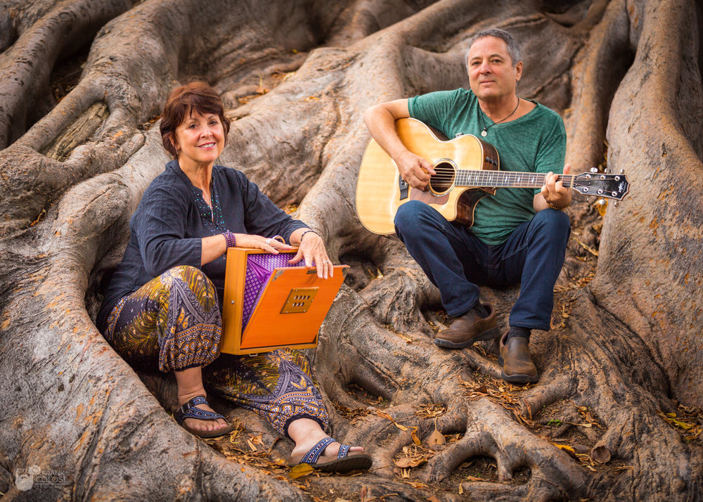 Heart of Chant - Heart of Chant is an evening of heart opening chant and musical meditation experiences that awaken, enliven and inspire. Devavani & Myron create group singing experiences that unify and harmonize body, mind and spirit using the ancient power of chant and song.Heart of Chant weaves meditation, traditional Sanskrit mantra, world music, and original devotional chants, rendered with contemporary musical stylings. The uninterrupted flow of music offers a rare space of heart-opening expansion.