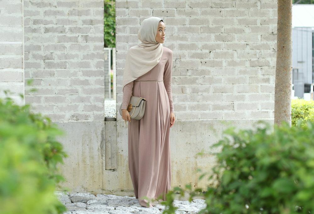 picot dress 4.jpg