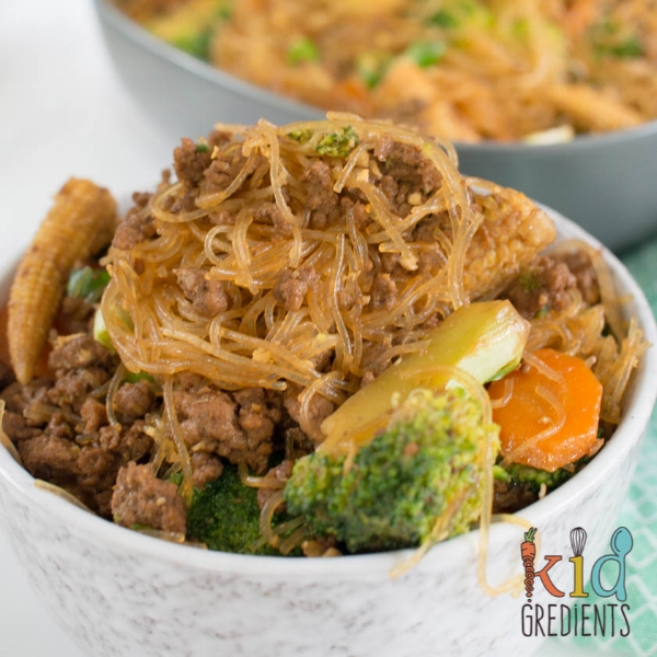 Beef-mince-and-veggie-rice-noodles.jpg