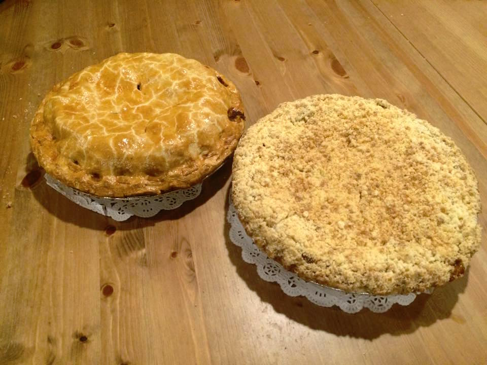 Apple Pie and Apple Crumb Pie