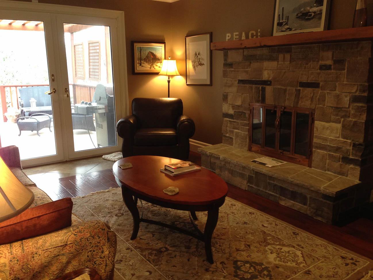Amateur living room photograph