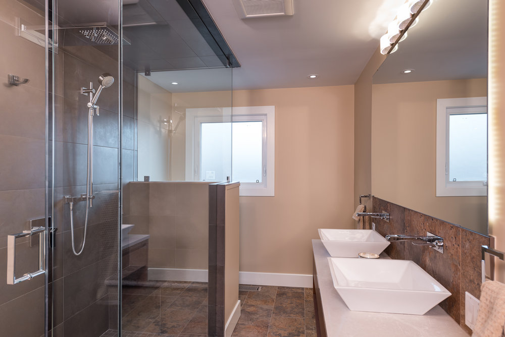 custom bathroom renovation peterborough photographer