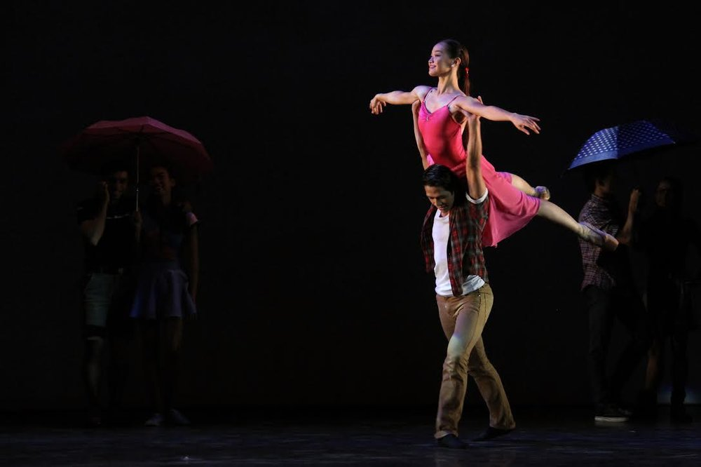 Dawna gets to dance with her boyfriend and fellow principal dancer Rudy De Dios in Francis Jaena's    Pangarap   , a piece in the production    Kay Ganda ng Ating Musika   .