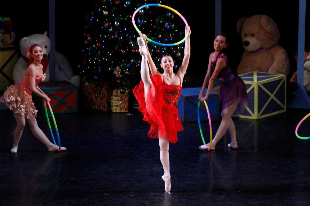 A scene from    Joy   , Ballet Manila's Christmas presentation in 2015. Photo by Jimmy Villanueva