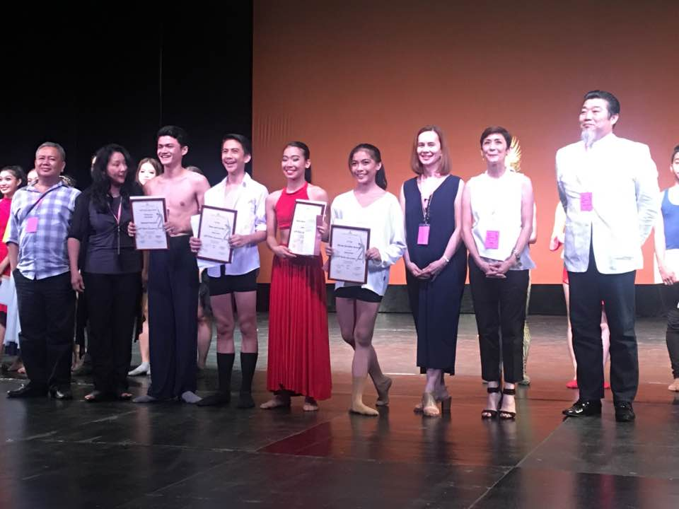 The winners in the Junior Category of the CCP Ballet Competition 2016 with the members of the jury. In photo, from left, are: jurors Raul Leopoldo Sauz and Jeng Halili; Joshua Enciso, interpreter of the winning choreography    Ili-Ili   , representing Gerardo Francisco; Brian Sevilla, third place; Michaella Carreon, second place; Nicole Barroso, first place; jurors Melanie Motus and Mia Monica Mañosa and head of jury Jae Keun Park. Photo by Osias Barroso