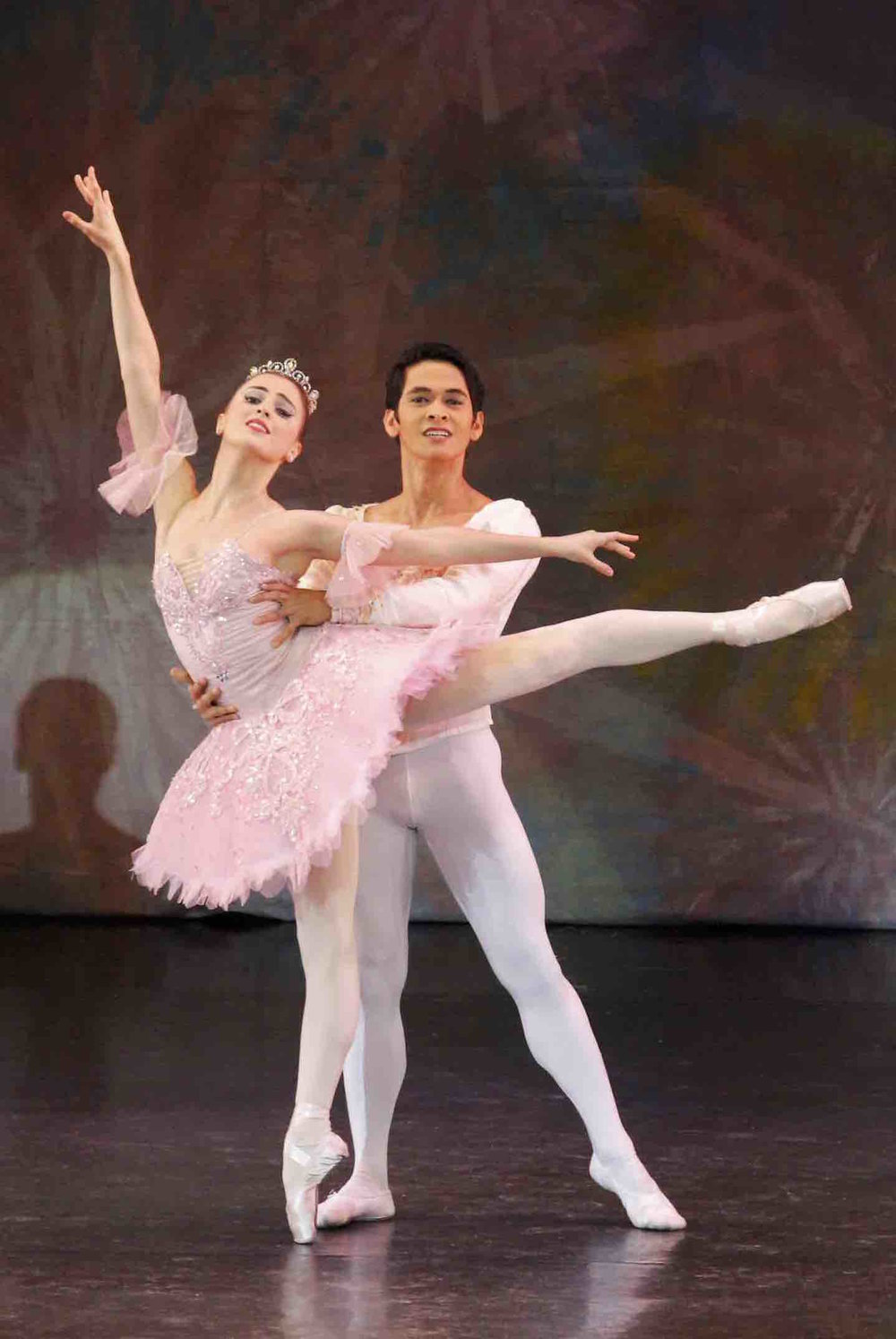 Ballet Manila principals Katherine Barkman and Rudy de Dios will dance the roles of the Snow Queen and the Snow King in    The Nutcracker.