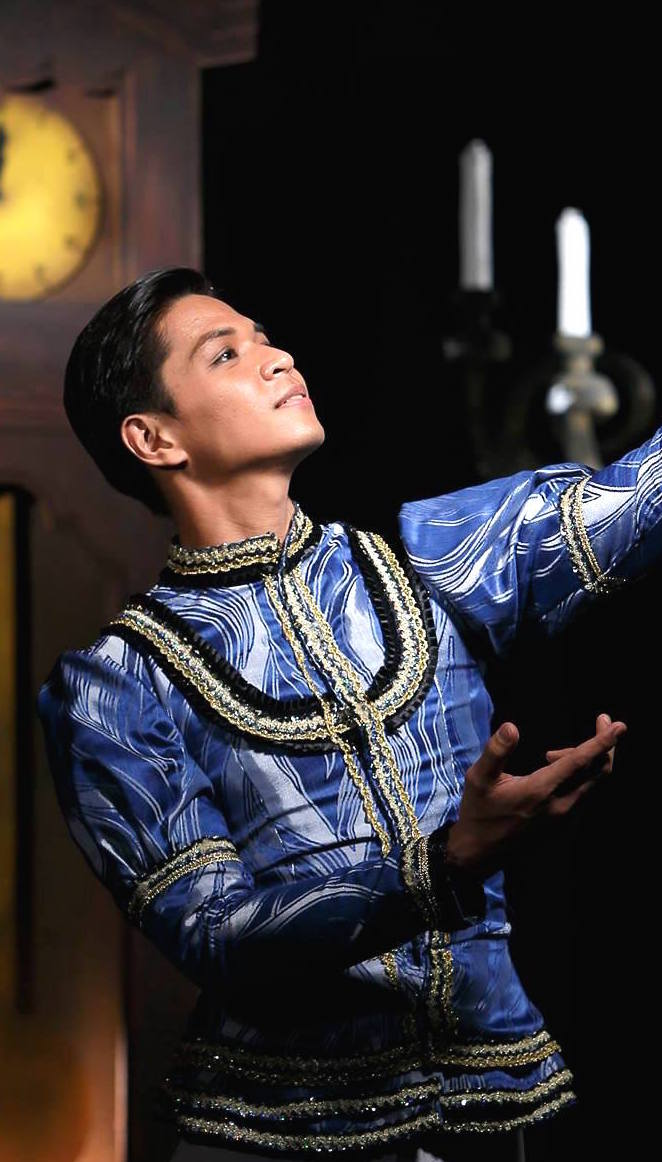 Soloist Mark Sumaylo guests as the Nutcracker Prince in Vancouver.