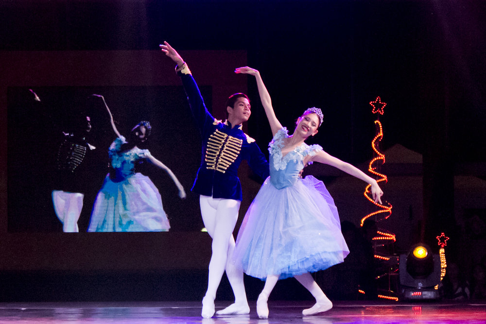 Abigail Oliveiro and Mark Sumaylo find their happily ever after in    Cinderella   . Photo by Jimmy Villanueva