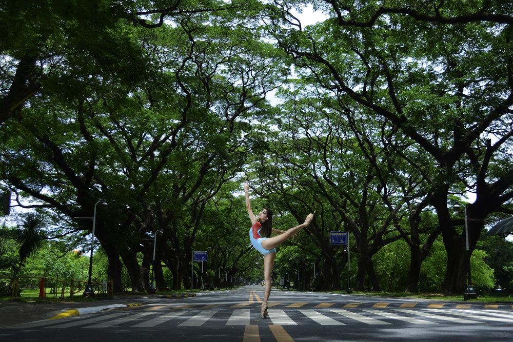Attitude derrière - Ballet Manila Archives