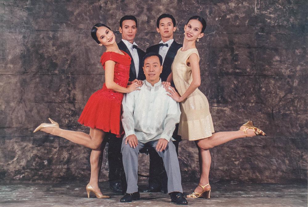 Dancers Lisa Macuja-Elizalde, Osias Barroso, Jeffrey Espejo and Melanie Motus with    Sugar Step Elizalde    choreographer Tony Fabella. Photo courtesy of the Ballet Manila Archives