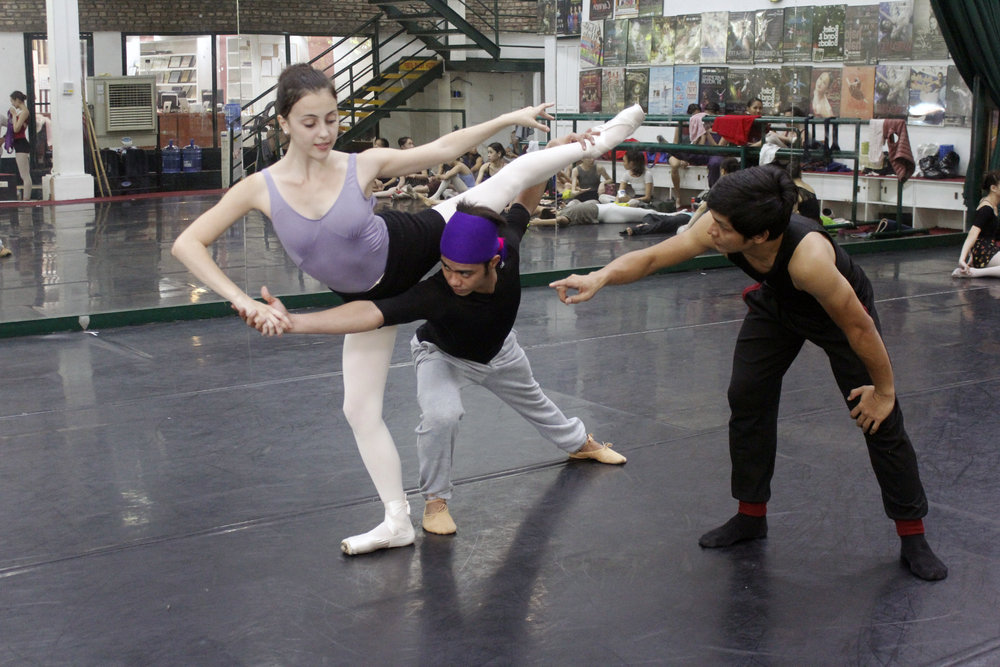 Big break: Rehearsing with principal dancer Katherine Barkman and choreographer Gerardo Francisco for  Ibong Adarna  where Elmoe is taking on the lead role of Don Juan. Photo by Jimmy Villanueva