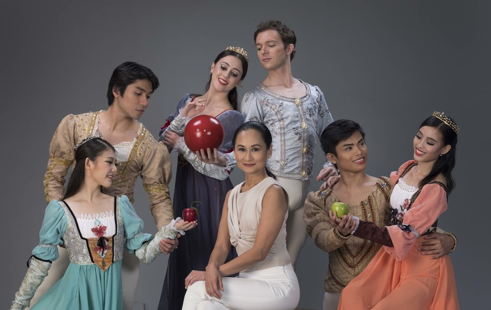 The prima ballerina-turned-choreographer with the lead couples alternating in the roles of Snow White and her Prince (from left): Heewon Cho and Romeo Peralta, Katherine Barkman and Joseph Phillips and Joan Emery Sia and Elpidio Magat. Photo by G-nie Arambulo