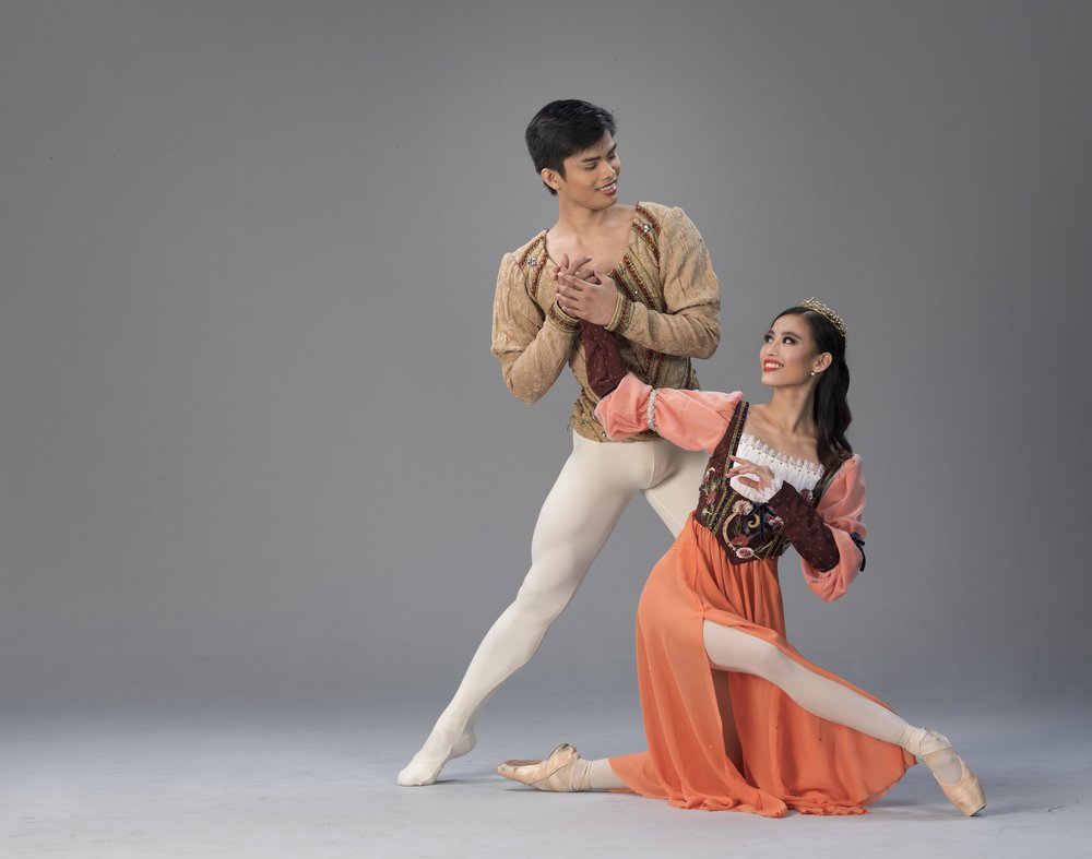 Elpidio Magat and Joan Emery Sia: If they were dwarfs, these dancers say they would both be Sleepy. Photo by G-nie Arambulo