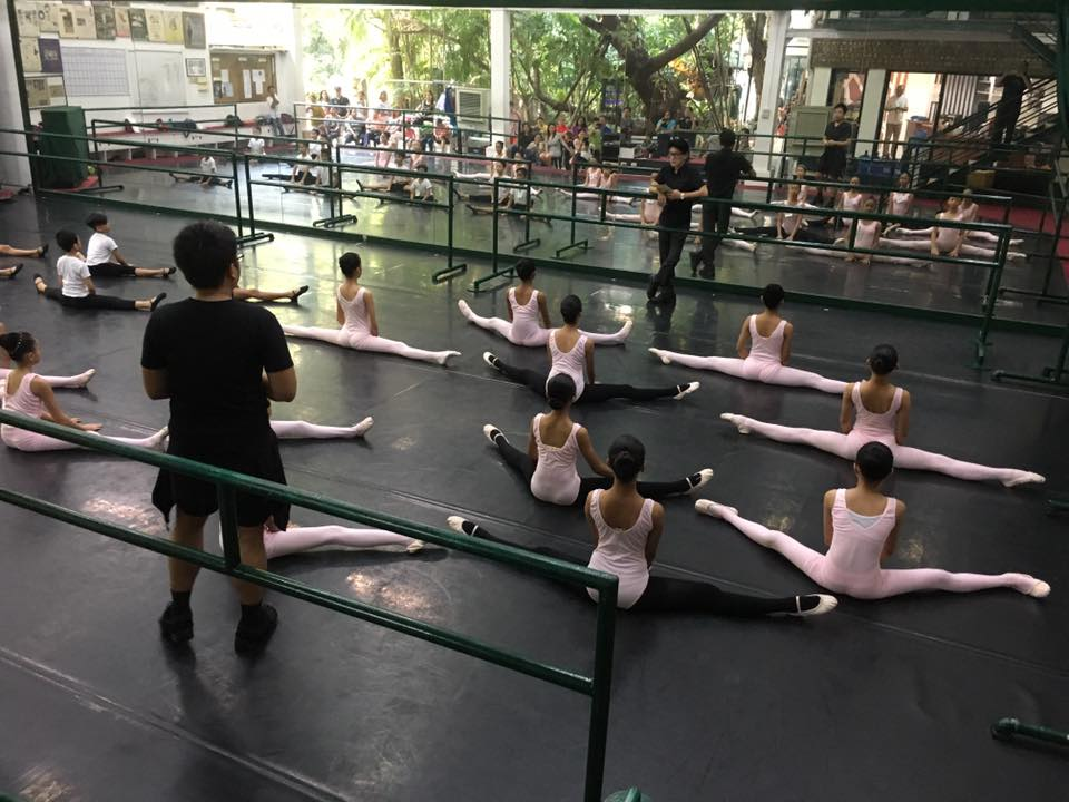 Ballet Manila co-artistic director Osias Barroso (facing camera) and Jonathan Janolo conduct an evaluation class of potential Project Ballet Futures scholars.