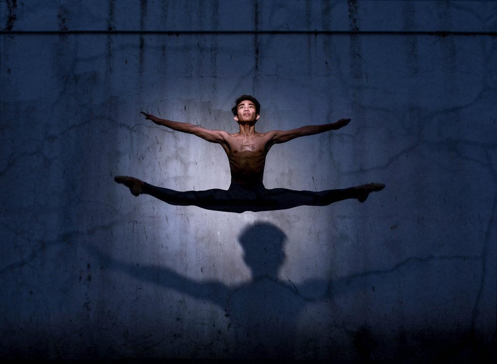 Ballet Dictionary - Grand jeté à la seconde - Ballet Manila Archives.jpg