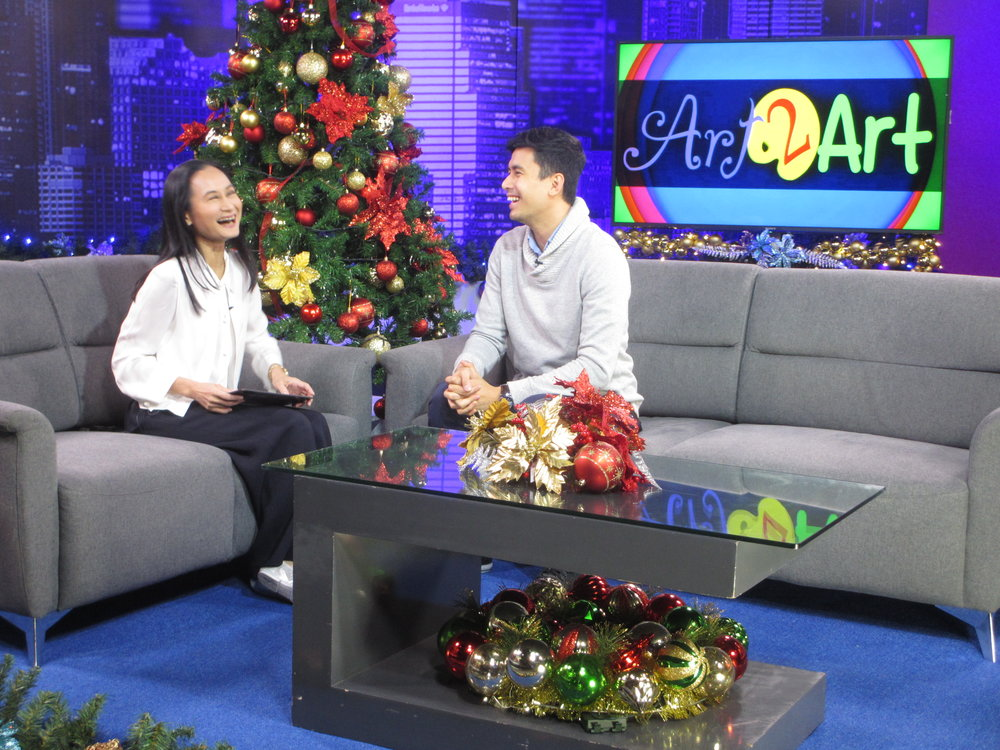 Ballet Manila artistic director Lisa Macuja-Elizalde interviews Christian Bautista for her art advocacy program,  Art 2 Art , in its January 7 episode.