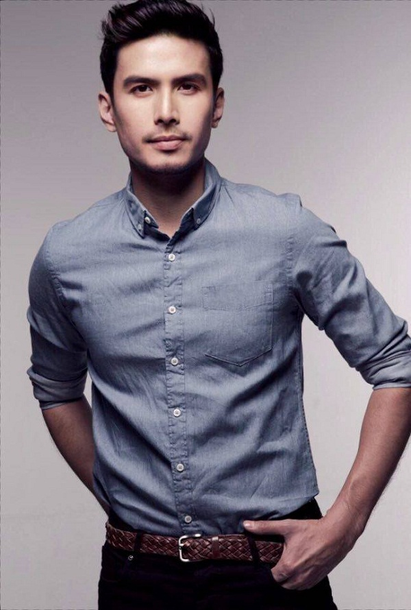Asia's Romantic Balladeer Christian Bautista lends his voice to romantic melodies as dancers interpret them in movement in Ballet & Ballads.