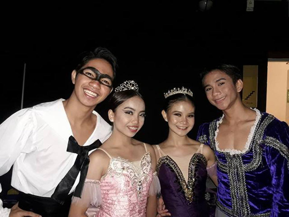 Shaira Comeros and Brian Sevilla (right) won the bronze prize in pas de deux at the ATOD competition, while Alvin  Dictado and Lyssa Apilado bagged honorable mention in the same category.