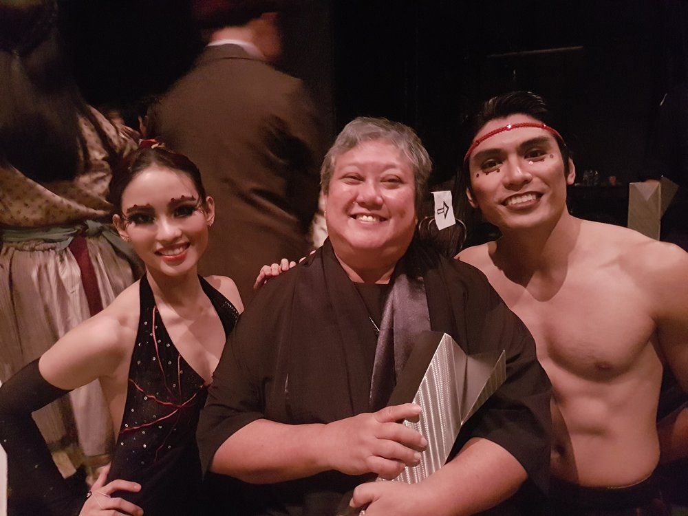 After dancing    Arachnida   , Joan Emery Sia and Romeo Peralta pose with its choreographer Agnes Locsin who was honored with a lifetime achievement award. Photo courtesy of Romeo Peralta