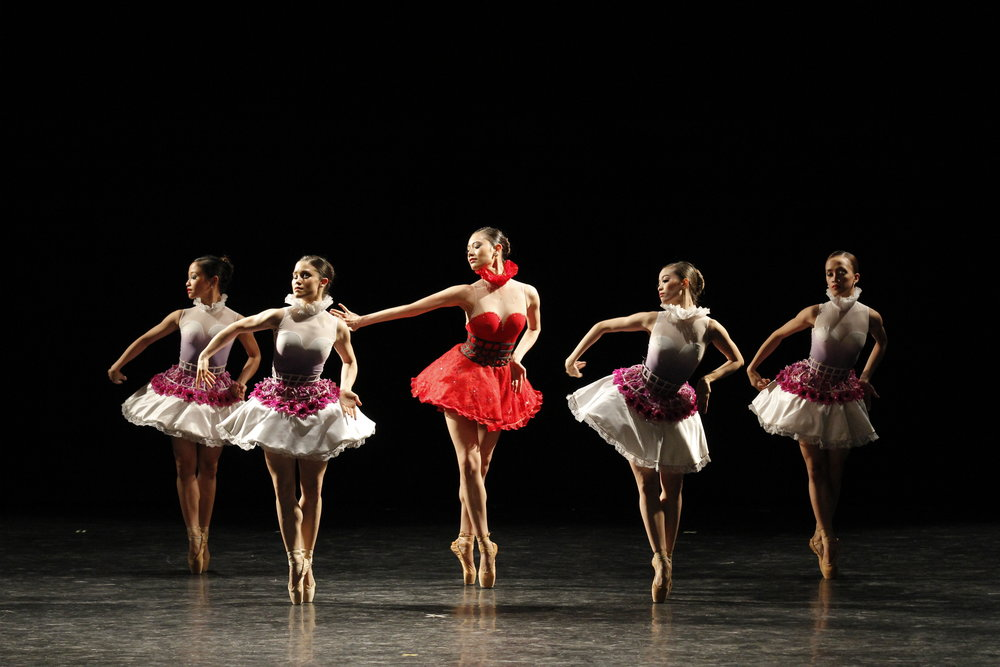 Abi (center) loves classical ballet but is equally adept in tackling contemporary pieces such as Annabelle Lopez Ochoa's    Bloom   .