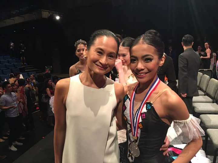 Nicole celebrates with mentor Lisa Macuja-Elizalde after winning the silver medal in her age group in the 2016 Asian Grand Prix in Hong Kong. Photo from Nicole Barroso's Facebook page