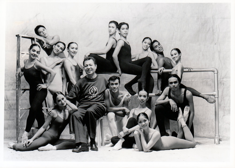 Ballet Manila's pioneering artistic director Eric V. Cruz is pictured with the company's dancers led by Lisa Macuja-Elizalde and Osias Barroso. Photo by Ocs Alvarez