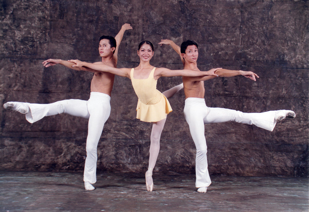 Jeffrey Espejo, Sandra Lynn Huang and Eduardo Espejo recreate steps from Deconstructing Gershwin for a publicity shoot for    An Evening of Filipino Ballet    in 1999. Photo from the Ballet Manila Archives collection