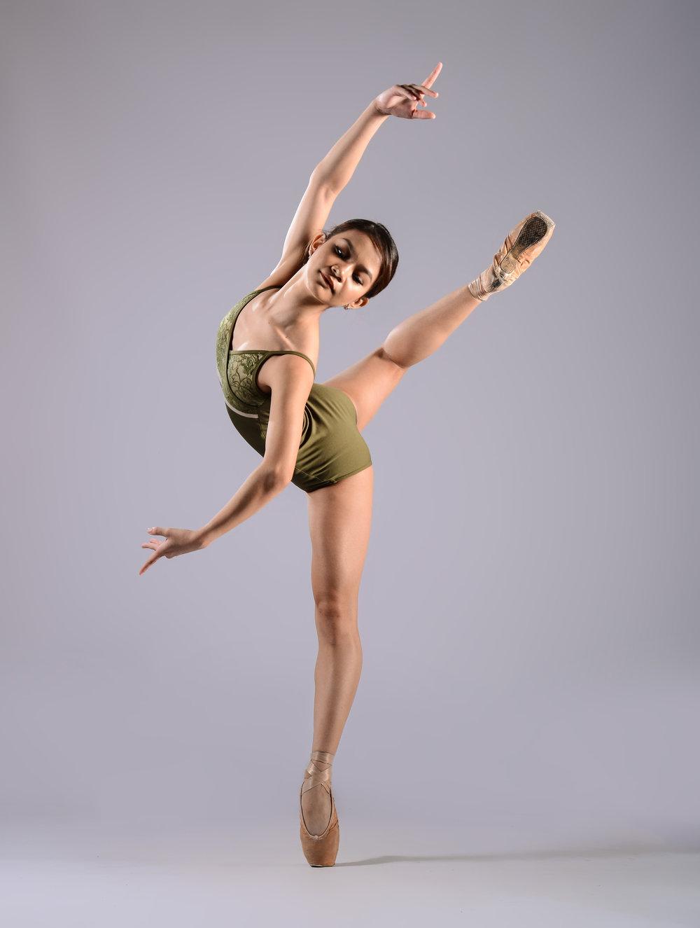 Ballet Dictionary: Renversé 1 - Ballet Manila Archives