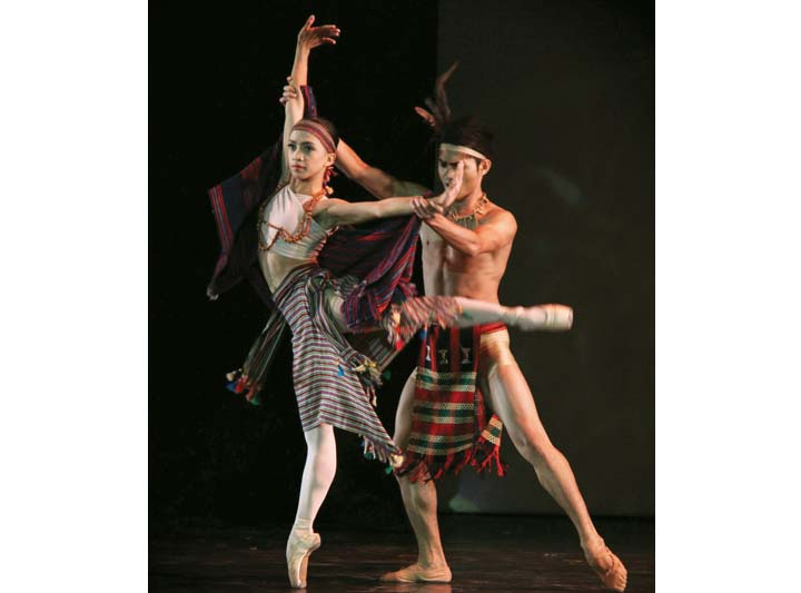One of the high points of Jamil's career so far was being given the chance to perform  Sari't Bahag  with fellow former Ballet Manila scholar Jessa Balote, taking over the roles previously danced by Osias Barroso and Lisa Macuja-Elizalde.