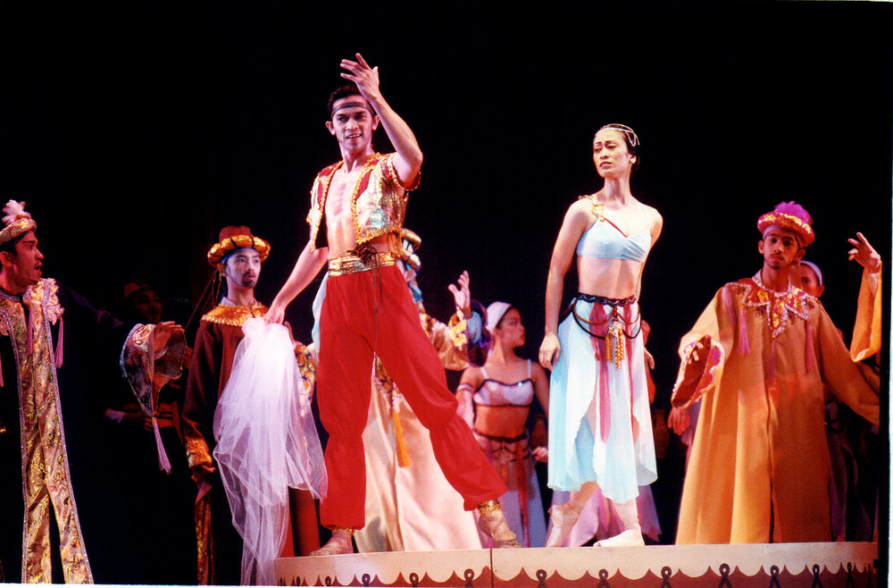 in the 2000 production of  Le Corsaire , Jeffrey Espejo alternated as Lankadem with his brother Eduardo. Photo by Ocs Alvarez