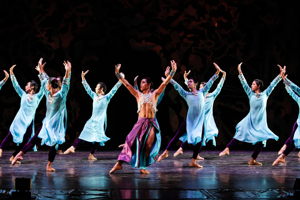 """The all-male  Aramica , choreographed by Augustus """"Bam"""" Damian III, makes a comeback in  Deux . Photo by Jojo Mamangun"""