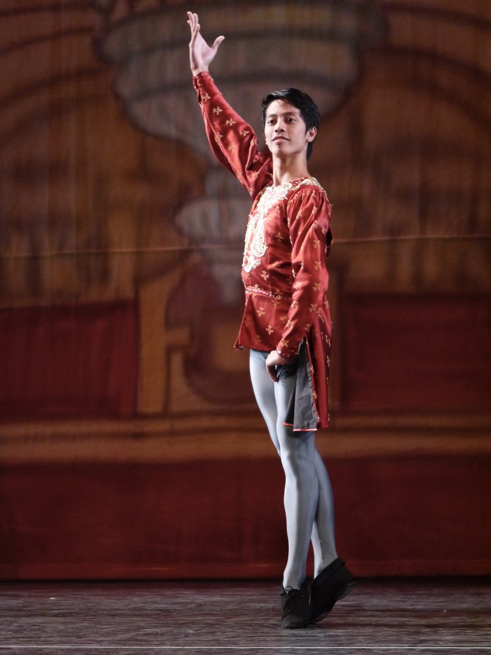 Rodney Catubay enjoys dancing the classics, including  Swan Lake , from which he also selected pieces he performed in competitions. Photo by Giselle P. Kasilag