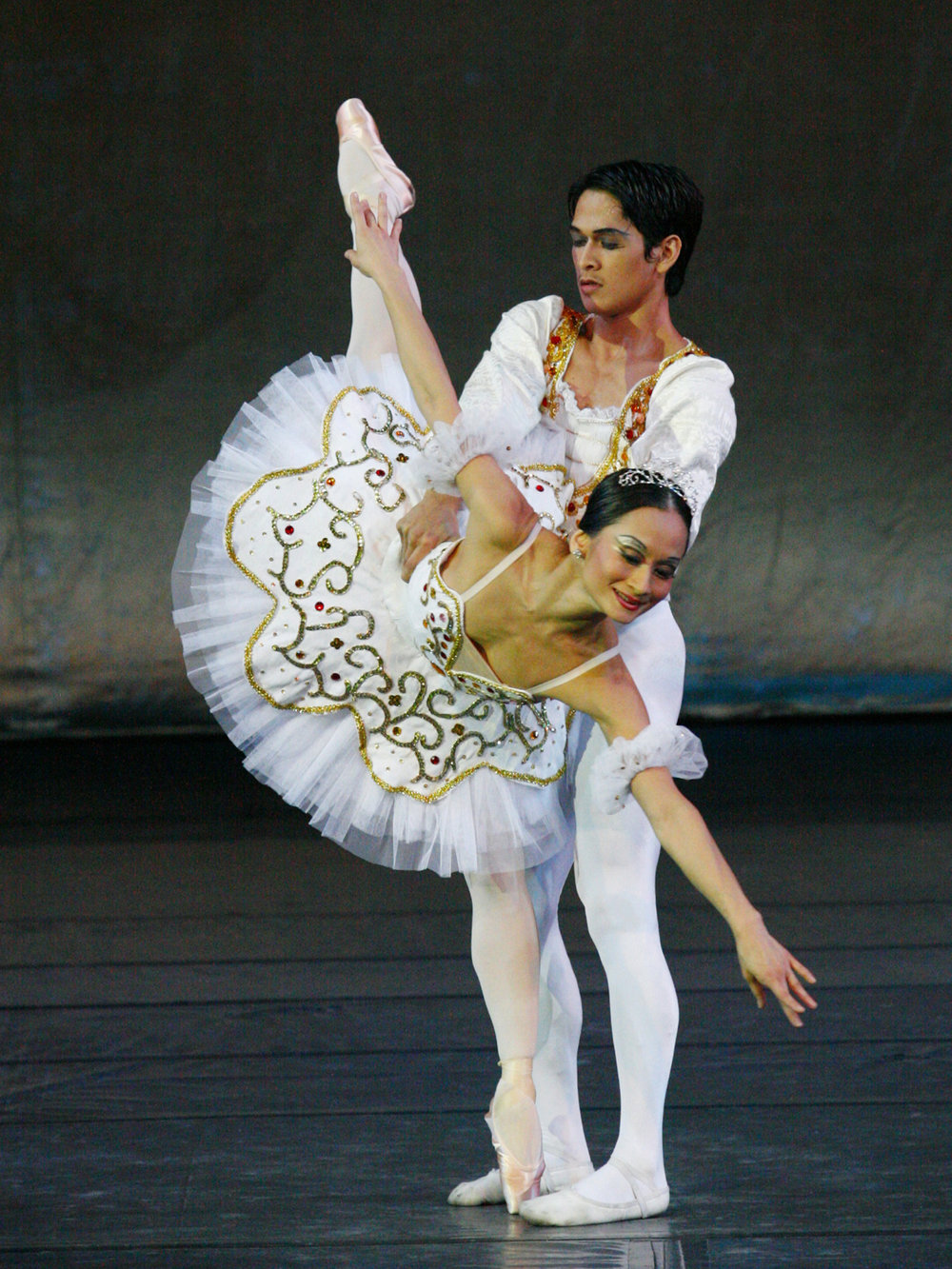 By 2007, Rudy was promoted to soloist. He was among several young danseurs alternating to partner Lisa after Osias Barroso retired. In the photo, the pair is seen dancing  The Nutcracker.  Photo by Ocs Alvarez