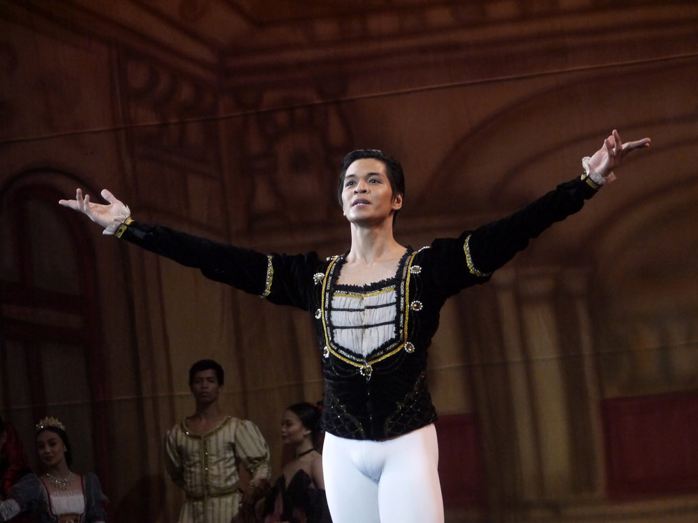As a soloist, Mark Sumaylo had been taking on principal roles such as Prince Siegfried in  Swan Lake . Photo by Giselle P. Kasilag