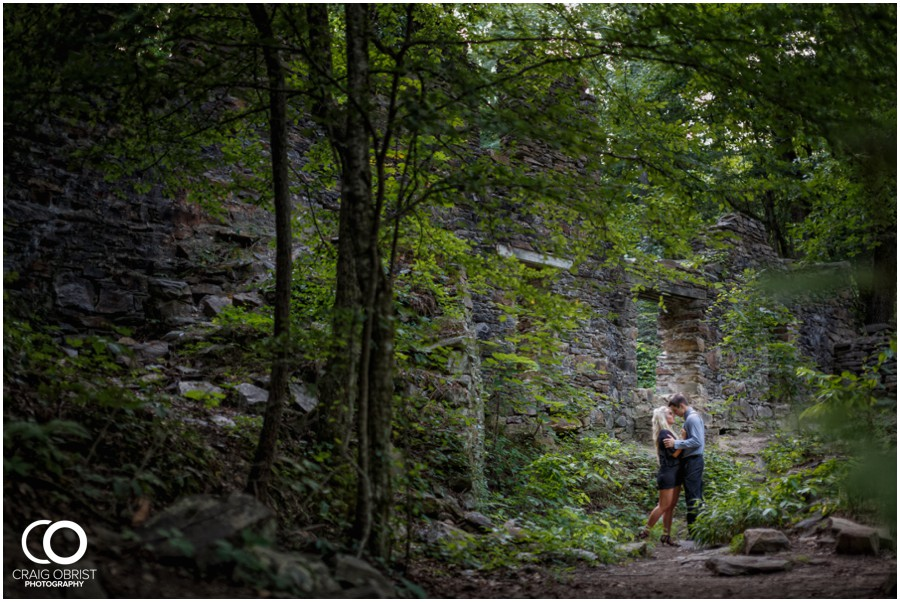 sope-creek-ruins-engagement-portraits-atlanta-georgia_0015.jpg
