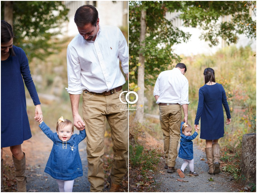 Gwinnett Heritage Center Family Fall Portraits_0009.jpg