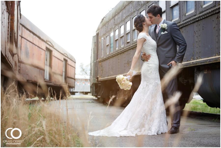 KCPC-Wedding-Duluth-Georigia-Train-museum_0025.jpg