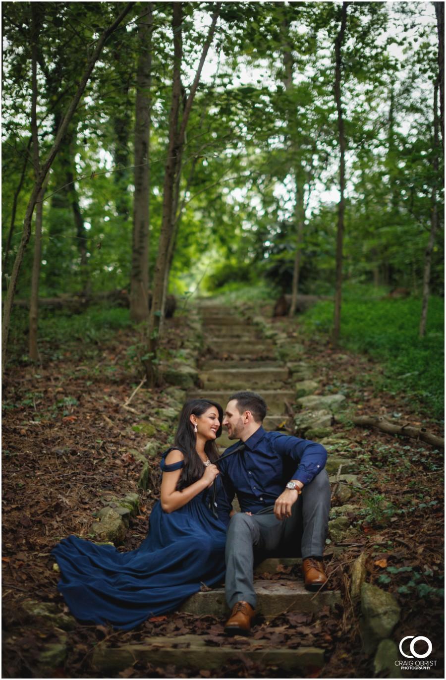 Emory-Lullwater-Park-Engagement-Portraits_0017.jpg