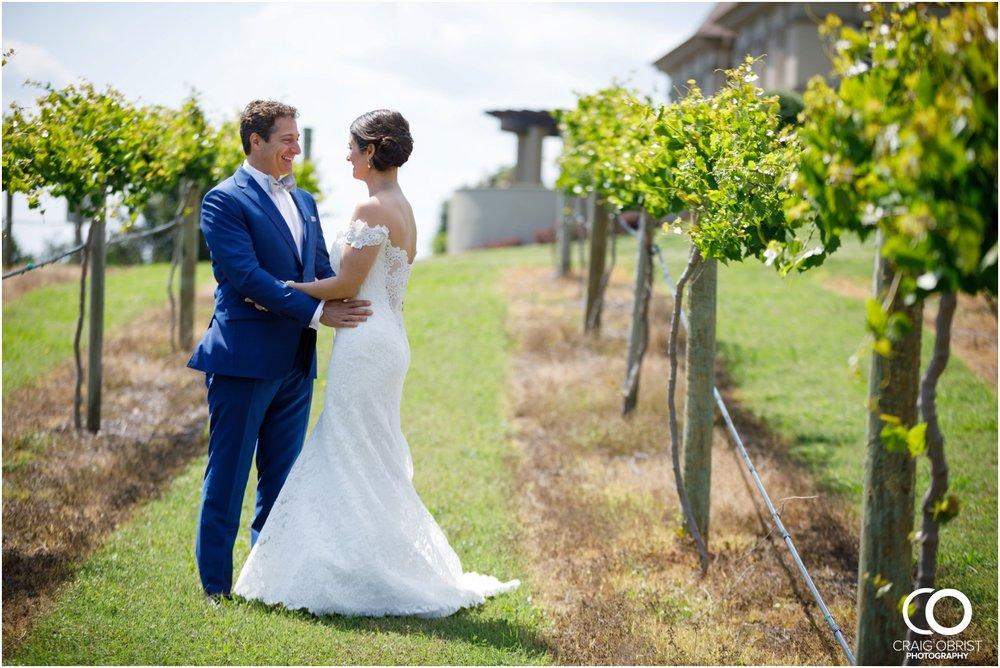 Chateau Elan Winery Wedding Portraits Luxury_0025.jpg