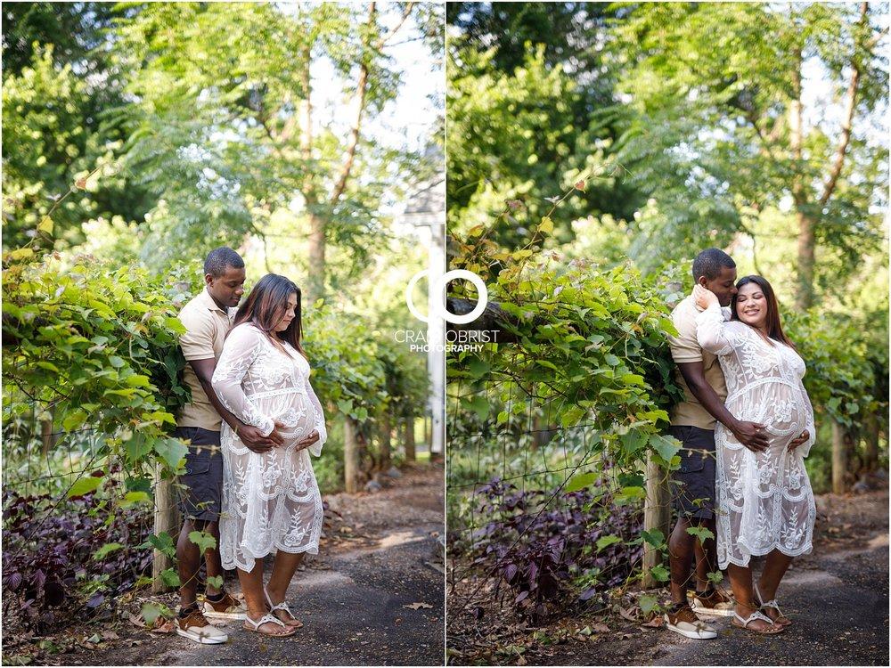 McDaniel Farm Park Maternity Portraits_0003.jpg