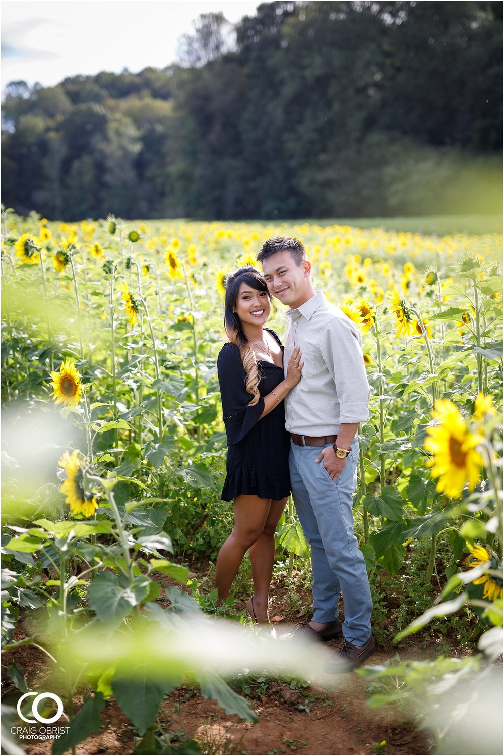 Sunflower field engagement portraits sunset mountains georgia_0004.jpg