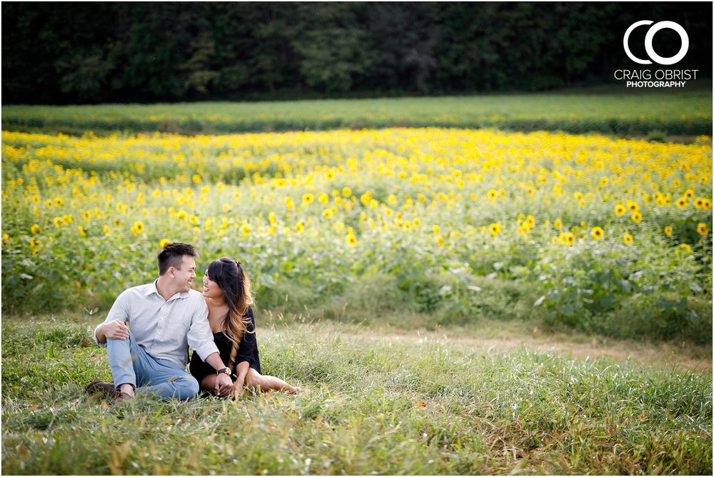 Sunflower field engagement portraits sunset mountains georgia_0017.jpg